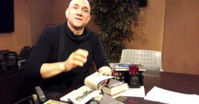 Araştırmacı Yazar, Strateji Uzmanı Ertan Özyiğit Kimdir