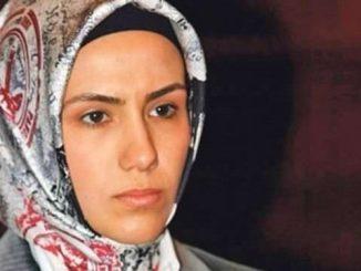 Esra Erdoğan Kimdir-Biyografi ve Hayatı