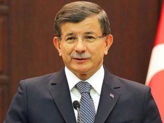 Akademisyen, Büyükelçi ve Siyasetçi Ahmet Davutoğlu Kimdir